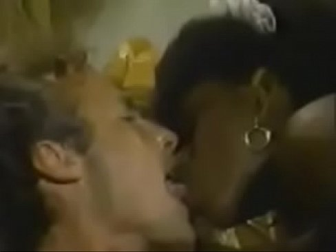 French Cleaners (1986) Scene 2 – Ebony Ayes, Mauvais DeNoir, Gary VannXXX Sex Videos 3gp