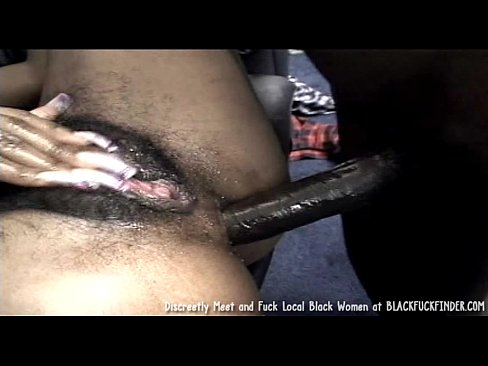 black-girl-getting-ass-fucked-xvideo