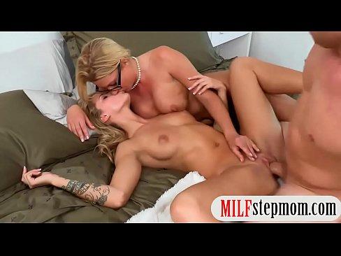 Horny fuck threesome
