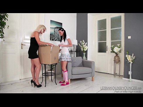 Ellen Sue and Kathy Anderson Lesbian FunXXX Sex Videos 3gp