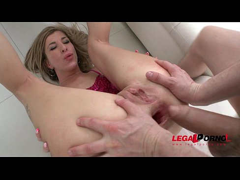 Melissa Madison 8it all: slut swallowed cumshots from 4 cocks and double penetration SZ1272