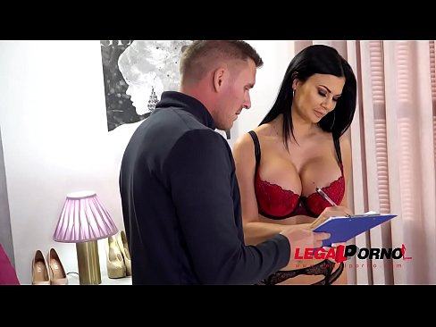 Busty porn Queen Jasmine Jae rides huge dick with her shaved tight pussy GP124