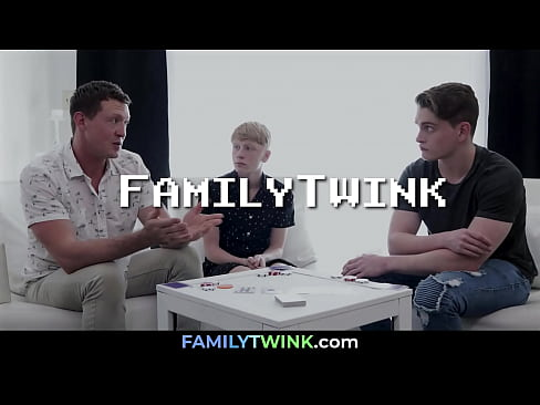 Losing in Poker with Dad and Bro Gone Hot | FAMILYTWINK.com