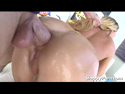 video of making a woman wet