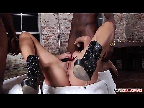 Nina Elle HD Porn
