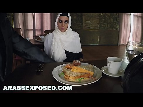 cover video arabsexposed hu  ngry woman gets food and fuck s food and fuck food and fuck