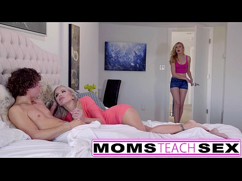 Hot mom porn video