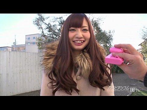 真野優莉亞 Mano Yuria