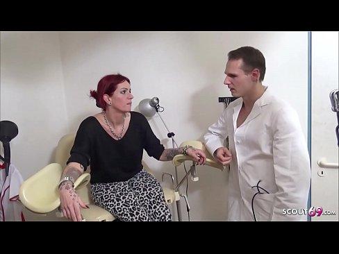 DREIER SEX BEIM FRAUENARZT - Teen Anica Red Deutsch gefickt - German Redhead