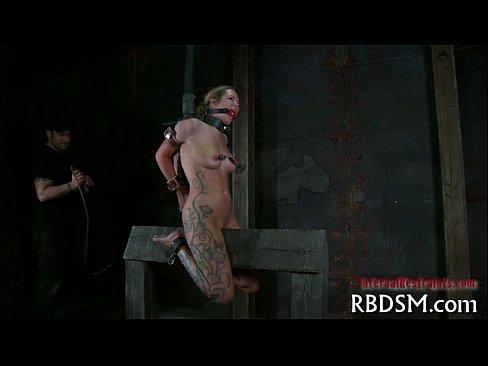 Порно пытки на дыбе
