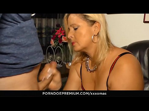 AMATEUR EURO - Mature Big Fat Ass Blondie Kiki R&period