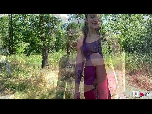 Fit body Lauren Walker does a hardcore fucking