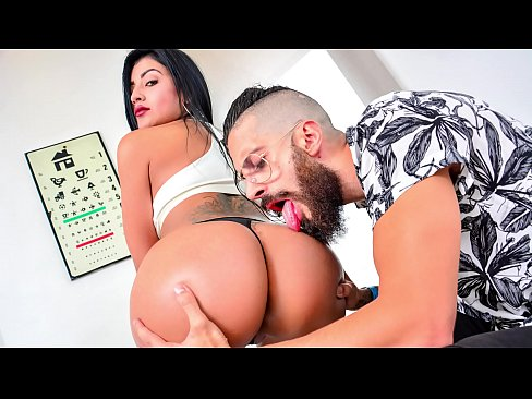 CARNE DEL MERCADO – Busty Colombian Mariana Martinez gets banged hard