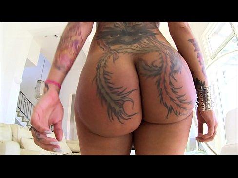 BANGBROS - Big Booty PAWG Bella Bellz Eats A Dick And Enjoys Anal