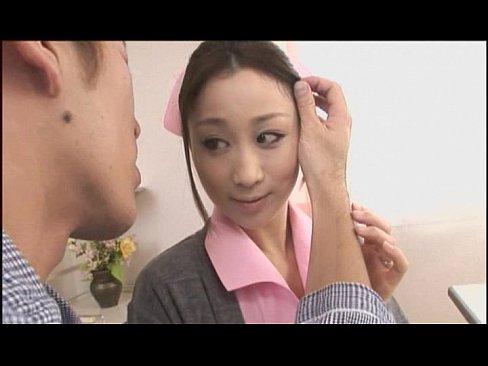XVIDEO ナースが病院のベッドで患者に手マンされる