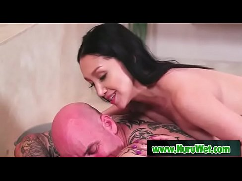 sexy brunette vicki chase knows to give a nuru massage
