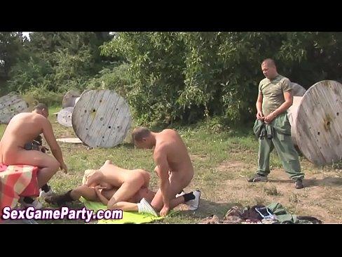 Pornstar sex game facials