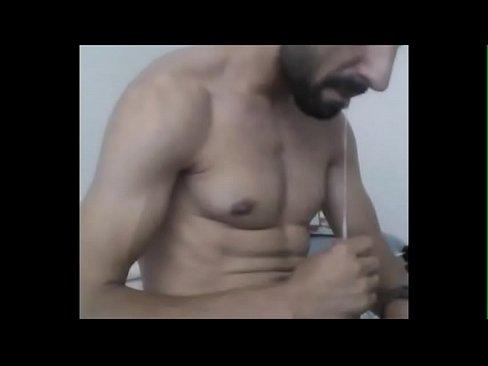 Big cock tugging hunk cums