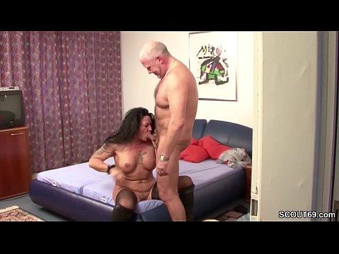 Amateur milf sucks young cock