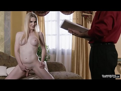 The painter anal fucked his sexy blonde shemale muse