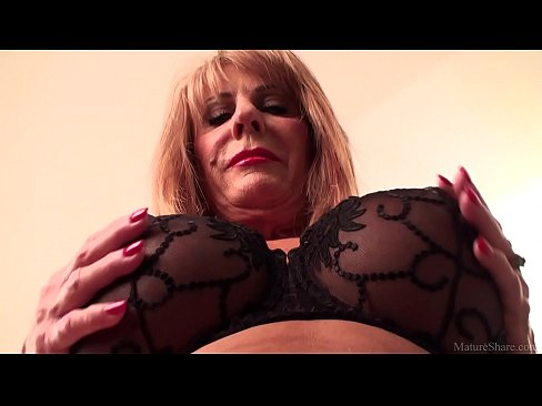 Slutty mature blonde Rae Hart prefers posing and playing with her sissyXXX Sex Videos 3gp