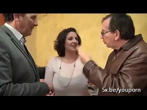 Moms porno parti