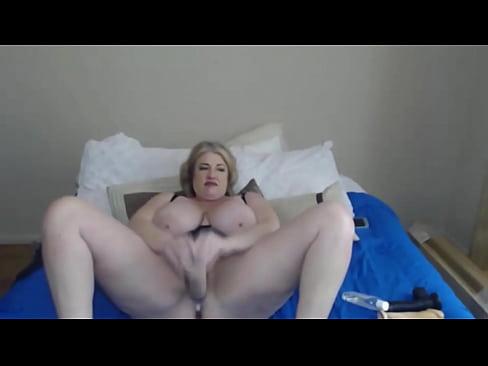Busty milf xvideos