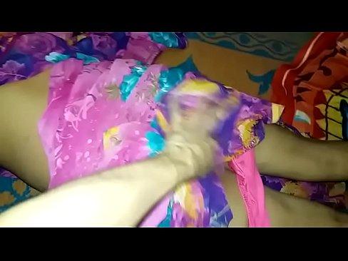 Pink Saari Young Priya Hoty Pussy Fucking