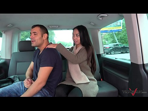 Thai massage in driving car turns to wild hardcore fuck