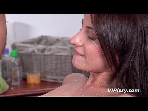 Piss in mouth – Teen Massage Gets Nasty