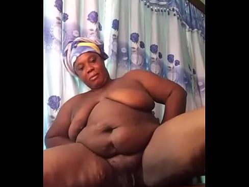 Černá žena bílý chlapec porno