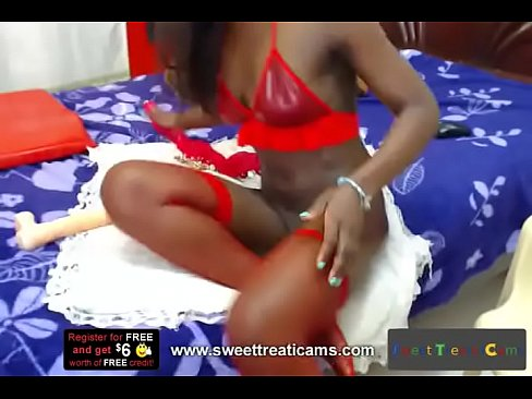 Yuliethcrom (Chocolate African Girl Likes It Anal)