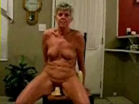 Horny amateur grannies