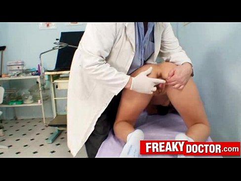 Жесткое порно у гинеколога смотреть онлайн, порно видео смотреть без трусиков пошла на прогулку