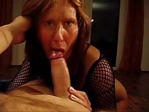 Amateur Milf Sucking Dick