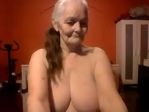 Free female nude videos fisting fucking