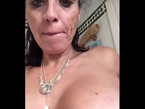 Amater mom