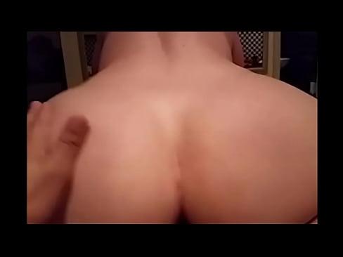 Videos de sexo com novinha gostosa fodendo caiu na net site de novinhas