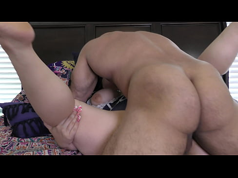 I fuck Genesis and cum in her pussy