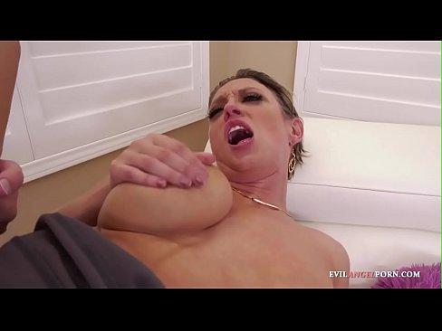Kostenlose Hardcore-Cougar-Pornos
