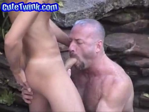 Mature dad and twink free pictures