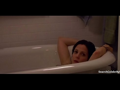 Mary-Louise Parker in Weeds (2005-2012) (3)XXX Sex Videos 3gp