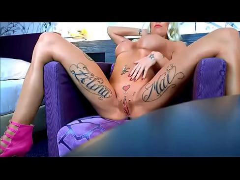 Zelina Mai Porn