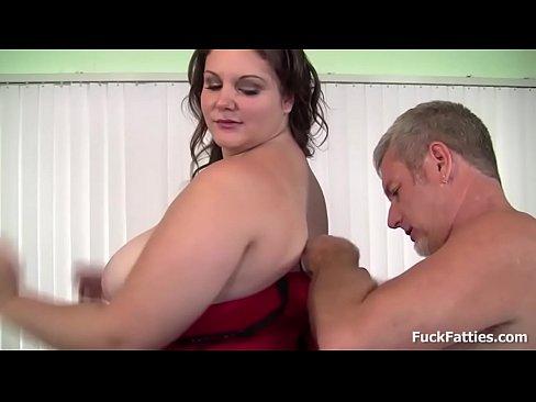 bbw redhead slut gets a cumshot
