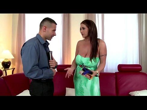 Eva Notty fucks the bra salesmanXXX Sex Videos 3gp