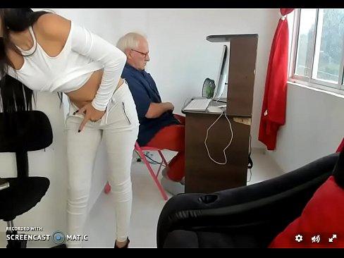 Con el abuelo Parte2
