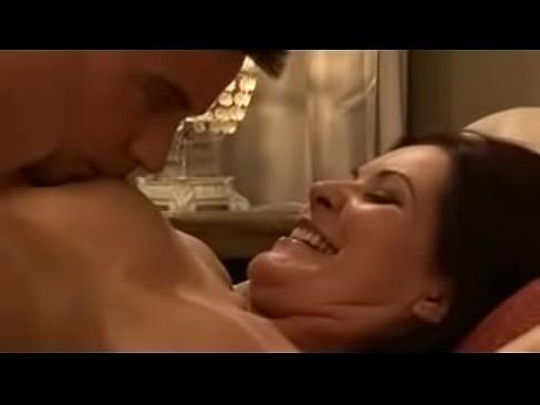 Xvideo heiße mama und junge männer, Hot sexy tv