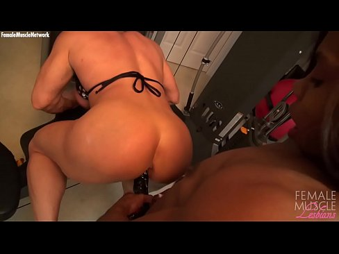guy lick pussy position
