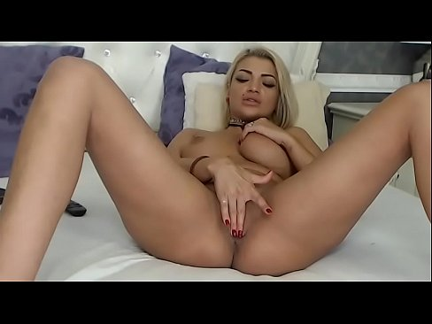 girls with sexy boobs nacked