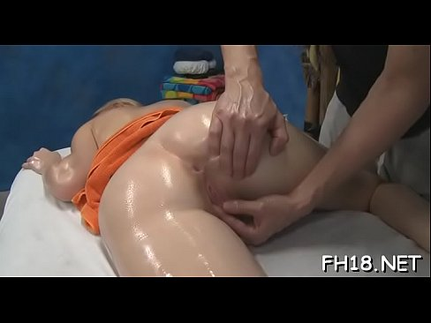 Beauty gets her anal gap banged for the 1st time in life
